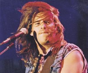Patrick Bourgeois en concert. Avec le groupe les BB, il a conquis toute une génération de Québécois dans les années1990.