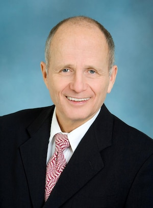 Gary Aguirre, avocat