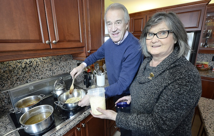 La cuisine fait toujours partie de la vie de Beppino Boezio et de sa femme Bruna Gervasi. Le restaurateur et sa douce moitié prennent toujours plaisir à cuisiner ainsi qu'à visiter les meilleures tables de Québec.