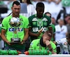 Les premières larmes ont été versées une heure avant le coup d'envoi, lors de la remise du trophée de la Copa Sudamericana aux trois joueurs survivants du drame.