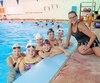 Sylvie Fréchette adore transmettre sa passion pour la nage synchronisée aux jeunes filles faisant partie du club qu'elle a fondé en 2010, soit le Neptune Synchro, à Saint-Jérôme.
