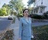 Mettant en vedette Caroline Dhavernas, Easy Living est le premier long métrage du réalisateur Adam Keleman. «J'ai un respect immense pour les gens qui osent faire les choses à leur façon, dit la comédienne. C'est un film qui ne répond à aucune recette».
