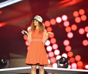 «Sur scène, Carole-Anne a une certaine prestance et elle étonne avec sa manière de chanter, de monter dans les aigus, de descendre, de faire des montagnes russes avec sa voix», a rapporté le site français Staragora, après la prestation de Carole-Anne Gagnon Lafond à The Voice.