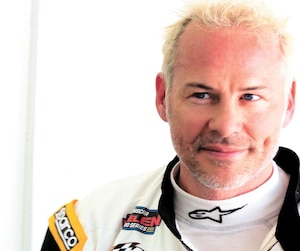 Jacques Villeneuve n'a pas obtenu le succès espéré à ses deux premières participations dans la Série NASCAR Euro en fin de semaine dans la région de Valence, en Espagne.