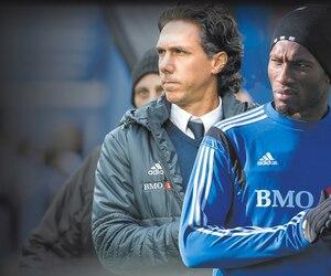 La décision de Didier Drogba de rester chez lui, dimanche, n'est que le plus récent chapitre dans une histoire qui est ponctuée de rebondissements depuis décembre dernier.