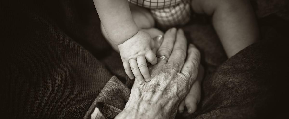 «Les vieux copains»: un documentaire sur une garderie établie dans un CHSLD