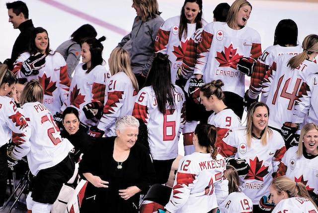 Laura Schuler de l'équipe du Canada (photo), Daniela Diaz de la formation de la Suisse et Sarah Ruth-Murray  à la barre de l'équipe de la Corée du sud sont d'excellentes stratèges.