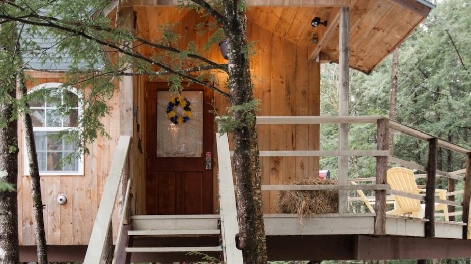 Image principale de l'article Une maison dans les arbres où relaxer un week-end