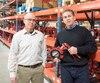 Craig Haché et Michael McAleer, de la compagnie DM Valve, Le fournisseur DM Valve produit des valves et accessoires pour les bateaux construits au chantier de la Davie.