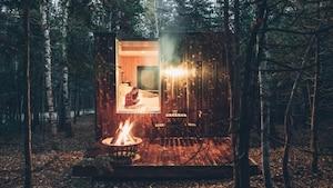 Des micro-chalets dans le bois à louer