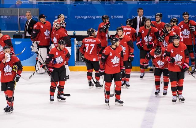 La consternation dans le camp du Canada et l'euphorie chez les Allemands après leur victoire de 4 à 3.