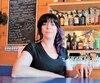 Nathalie Inkel, propriétaire du dépanneur-bistro-bar Manoir des Rapides, un commerce du village de Preissac en Abitibi, qui comprend notamment un bar, affirme que la hausse de taxes décrétée la forcera à fermer ses portes le 31 décembre prochain.