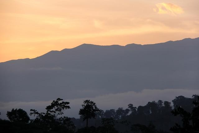 Grimper sur le dos d'un volcan (Sud-Ouest)