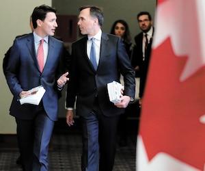 Justin Trudeau et son ministre des Finances, Bill Morneau, hier au Parlement.