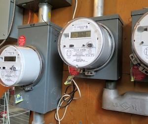Le déploiement des compteurs intelligents, en Ontario, «devait rendre l'électricité moins chère pour les gens. Mais personne n'en fait l'expérience», prévient la vérificatrice générale de l'Ontario, Bonnie Lysyk.