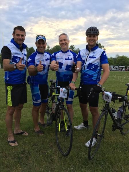 François Bonnardel (CAQ), Stéphane Billette (PLQ), Éric Lefebvre (CAQ), Alexandre Cloutier (PQ) lors du Grand défi Pierre Lavoie du 1000km, à Lachute, samedi le 17 juin 2017.