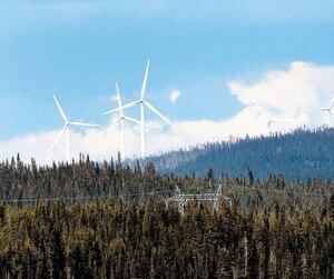 La tension monte un peu plus chaque jour autour du projet éolien Apuiat. Lundi, le ministre des Ressources naturelles, Pierre Moreau, a fait une tournée médiatique pour réaffirmer l'appui de son gouvernement.