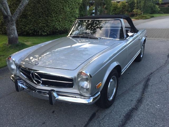 Cette 280 SL 1969 de Seattle était à vendre sur ebay pour le prix raisonnable de 78 000$ US. Complètement restaurée, elle n'a que 40 000 miles au compteur.