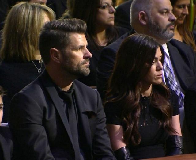 Anne-Marie Angélil et son époux Marc Dupré (à gauche) n'ont pu retenir leurs larmes durant la cérémonie.
