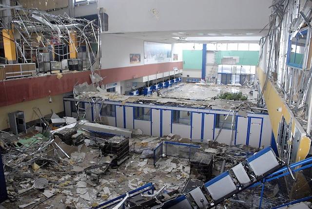 L'intérieur de l'aéroport Jardines Del Rey, dans le secteur de Cayo Coco, est en ruine.