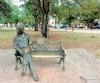 John Lennon dans le parc qui porte désormais son nom à La Havane.