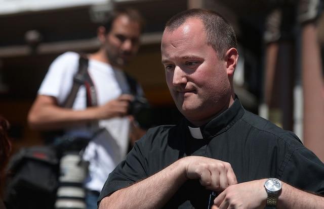 Le curé de Lac-Mégantic, Steve Lemay.