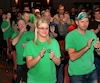 La foule ne s'est pas gênée pour acclamer les différents représentants syndicaux nationaux lors de leur discours de soutien.