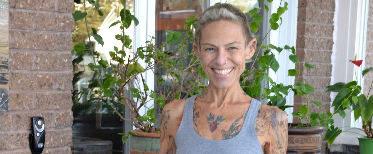 Anorexique, elle déteste la nourriture depuis 35 ans - Le Journal de Montréal