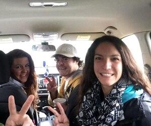 On voit Shawn Kennedy et Katherine Lebel le 3 mai à l'arriere du véhicule de Tasha et Shane Cowell pendant qu'ils voyagaient entre Ottawa et Petawawa.