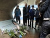 Audreyann Campeau se promenait avec la casquette qu'elle a créée pour son amie Audrey-Anne Dumont. «Toujours de l'espoir» était son patois et le bleu était sa couleur préférée. Il était donc à l'honneur dans la station Monk du métro hier, alors que ses amis sont venus y déposer des fleurs et des messages.