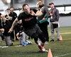 Mathieu Betts a démontré ses aptitudes athlétiques lors de son Pro Day, le 11 mars au PEPS.