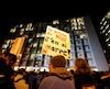 Plusieurs centaines de personnes étaient réunies mercredi soir pour soutenir les victimes des agressions survenues à l'Université Laval.