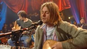 Image principale de l'article Le cardigan de Kurt Cobain est à vendre à l'encan