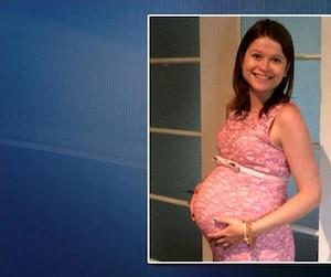 Éloise Dupuis, 27 ans, avait décidé d'accoucher de son premier enfant dans une maison de naissance. Toutefois, en raison de complications, elle a été transférée à l'Hôtel-Dieu de Lévis, où l'on a dû procéder à une césarienne d'urgence.