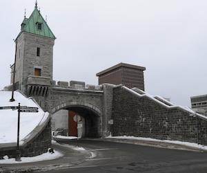 Le gouvernement fédéral va investir 35,7 millions $ au cours des cinq prochaines années pour restaurer les fortifications du Vieux-Québec.