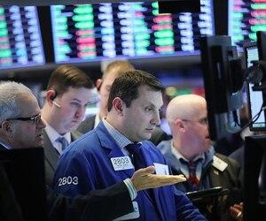 Dow Jones Industrials' Massive One Day Drop Of 4.6 Percent Rattles Markets Overseas