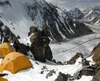 Les campements sur le K2 offrent des paysages à couper le souffle. Au pied de la montagne, le glacier Baltoro s'étend sur 57km.