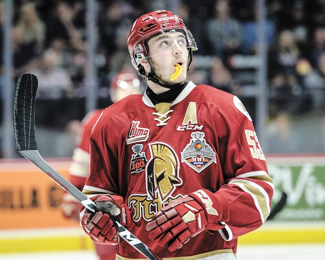 Après une saison remarquable avec le Titan d'Acadie-Bathurst, Noah Dobson a fait bonne impression lors du Combine de la LNH.
