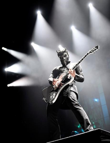 Le groupe Ghost a assuré la première partie du spectacle d'Iron Maiden au Centre Vidéotron.