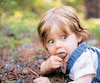 Les jeunes enfants qui ne sont pas assez exposés aux pathogènes de l'environnement peuvent développer des dysfonctionnements du système immunitaire, responsables de leucémies aiguës.