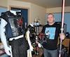 En plus des ceintures, David Laurent confectionne aussi des costumes de l'univers de George Lucas pour lui et sa conjointe.