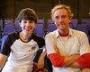 Brian Logan, le critique d'humour du quotidien britannique The Guardian, ici accompagné de Lucy J Skilbeck. Crédit photo : Curtain Call - The Theatre Network.