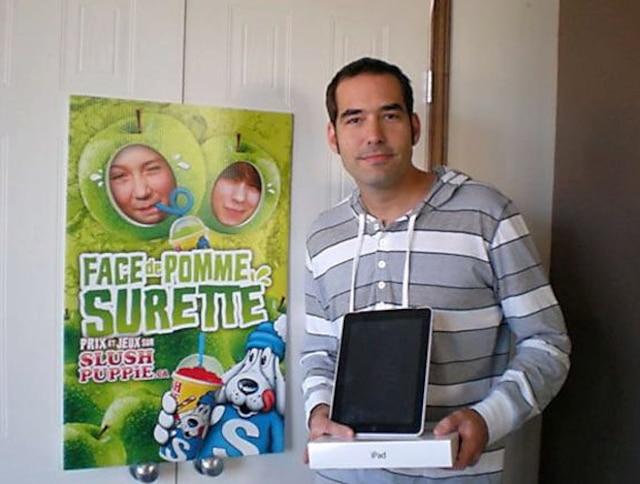 Christian Méthot (sur la photo) et sa copine, Marie-Ève Thériault, ont chacun remporté un iPad dans le même concours
