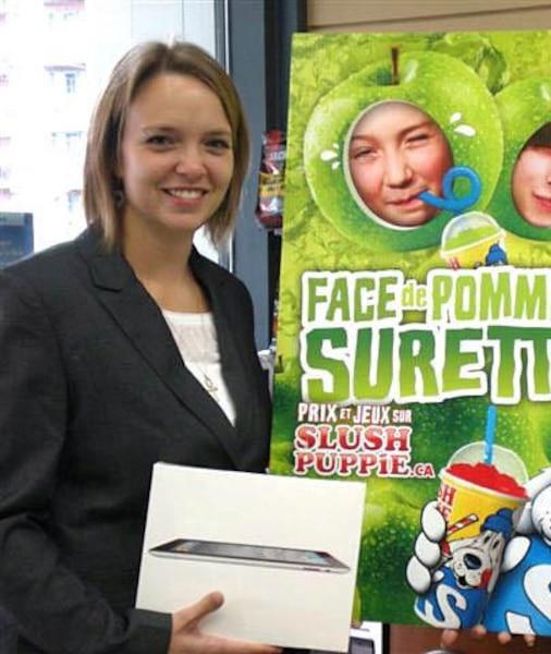 Christian Méthot et sa copine, Marie-Ève Thériault (sur la photo), ont chacun remporté un iPad dans le même concours