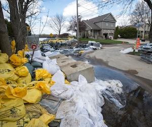 Le niveau de l'eau descend tranquillement suite à la crue printanière «historique» dans l'ouest de la province.