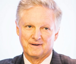 Paul Desmarais JR, Homme d'affaires