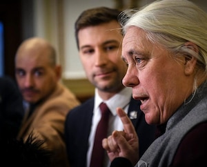 Les deux porte-parole de Québec solidaire, Gabriel Nadeau-Dubois et Manon Massé.