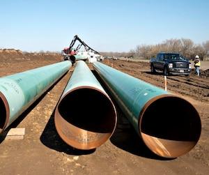 Le projet Énergie Est de TransCanada vise à offrir une sortie vers l'océan au pétrole albertain, tout comme son cousin Keystone XL photographié ici en Oklahoma. Une partie de ce projet a été bloquée par le président Obama.