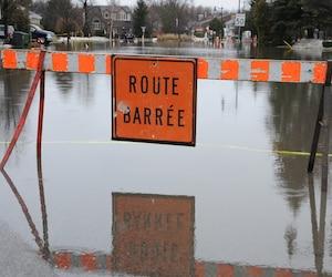 La pluie cause des inondations
