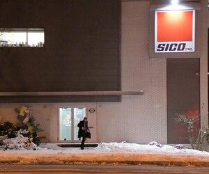 La semaine dernière, la maison-mère américaine de Sico, PPG de Pittsburgh, a décidé de fermer l'usine Sico de Québec (Beauport) et de transférer sa production en Ontario en raison de coûts de production plus bas.